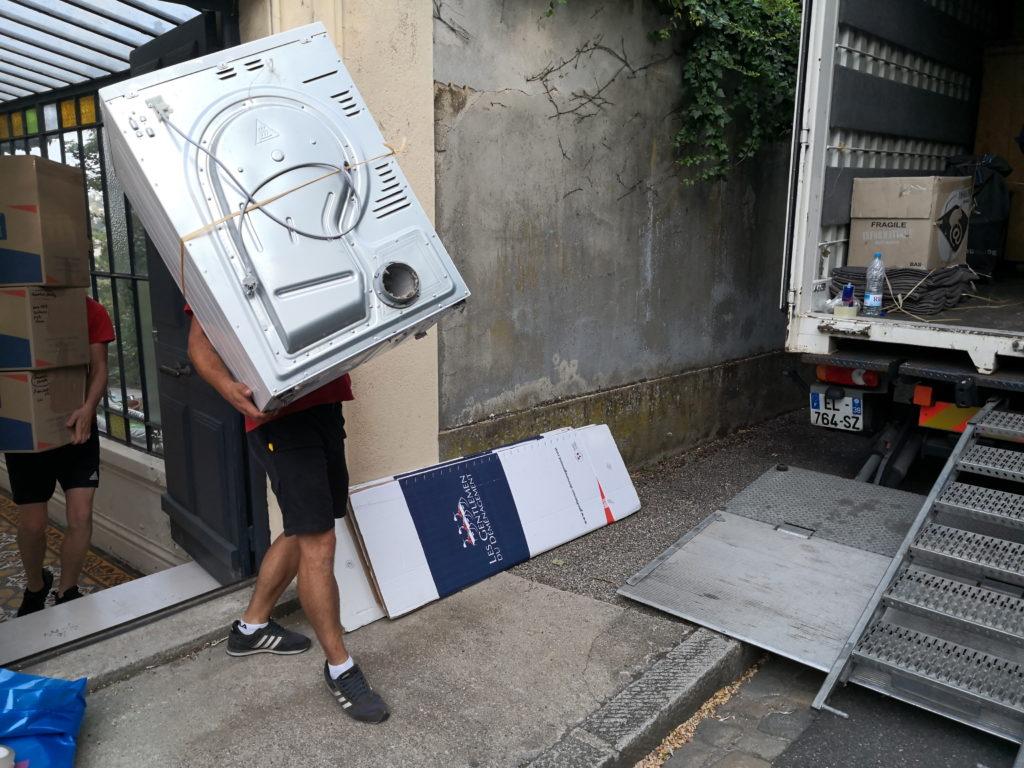 comment porter une machine à laver