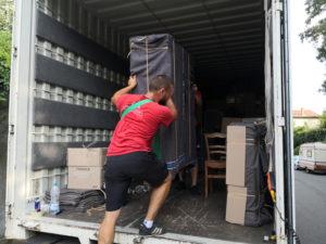 les différentes formules de location d'un camion pour un déménagement
